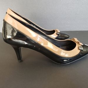 ETIENNE AIGNER classy patent leather